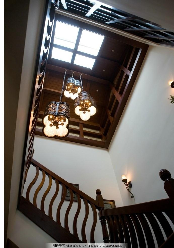 家装客厅楼梯吊顶效果图片
