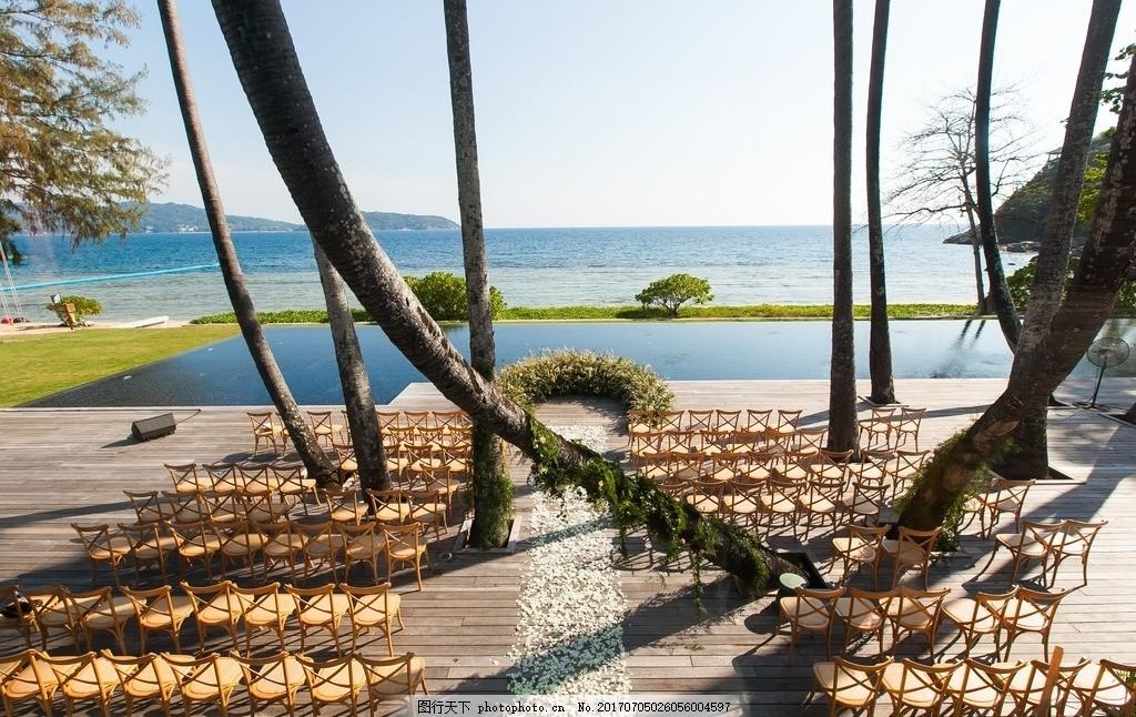 婚礼现场 浪漫 热带 海边 露天婚礼 西式婚礼 花瓣 鲜花 岛屿图片