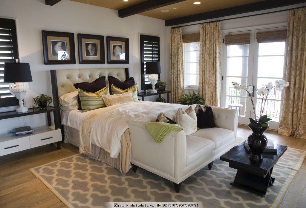 时尚现代卧室效果图设计 双人床 床头柜 台灯 挂画 衣柜 家具 地毯 梳