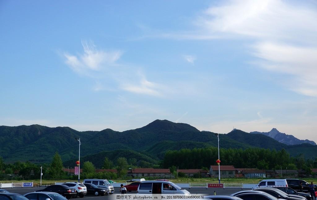 远望丹东凤凰山 丹东 凤凰山 远景 远望 停车场 旅游 自然风景 摄影