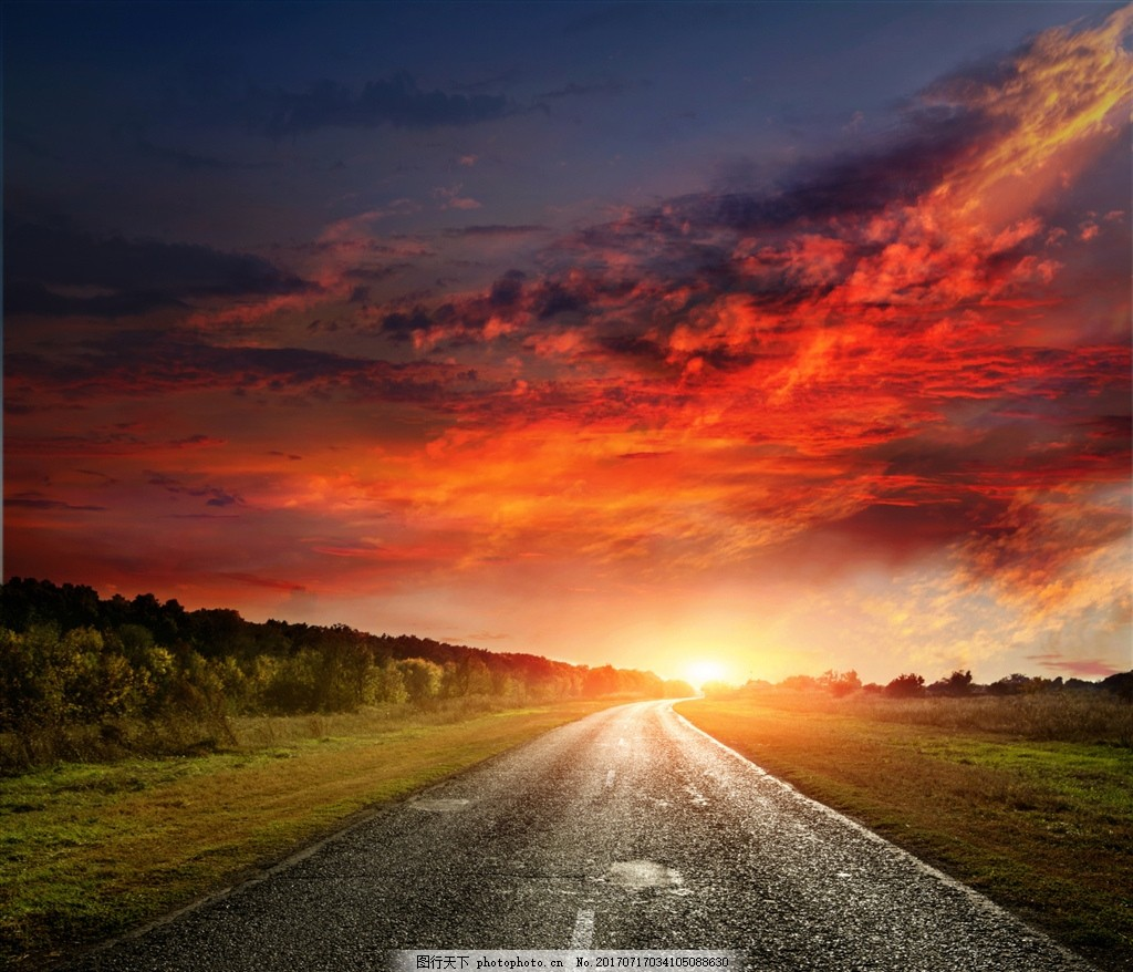 光束 阳光 太阳光线 光线 太阳射线 彩色天空 黄色天空 公路 风景