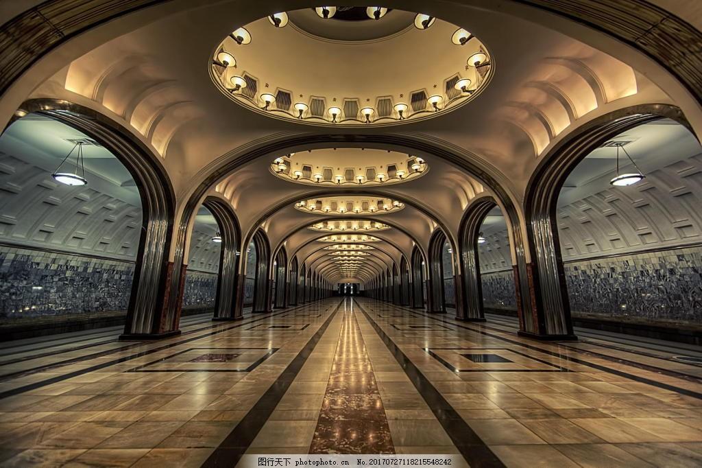 高大欧式建筑奢华背景 大型圆形 圆形拱顶 室内通道 玻璃窗