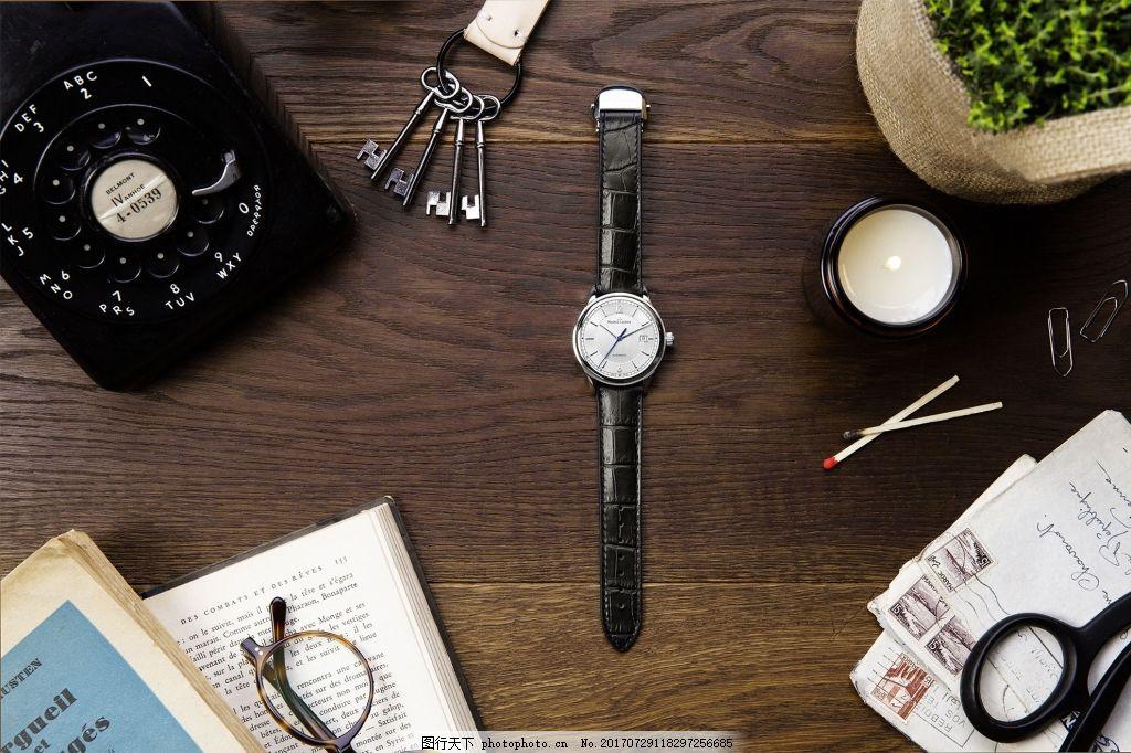 简约现代时尚杂志背景 阅读 读本 眼镜 手表 时间