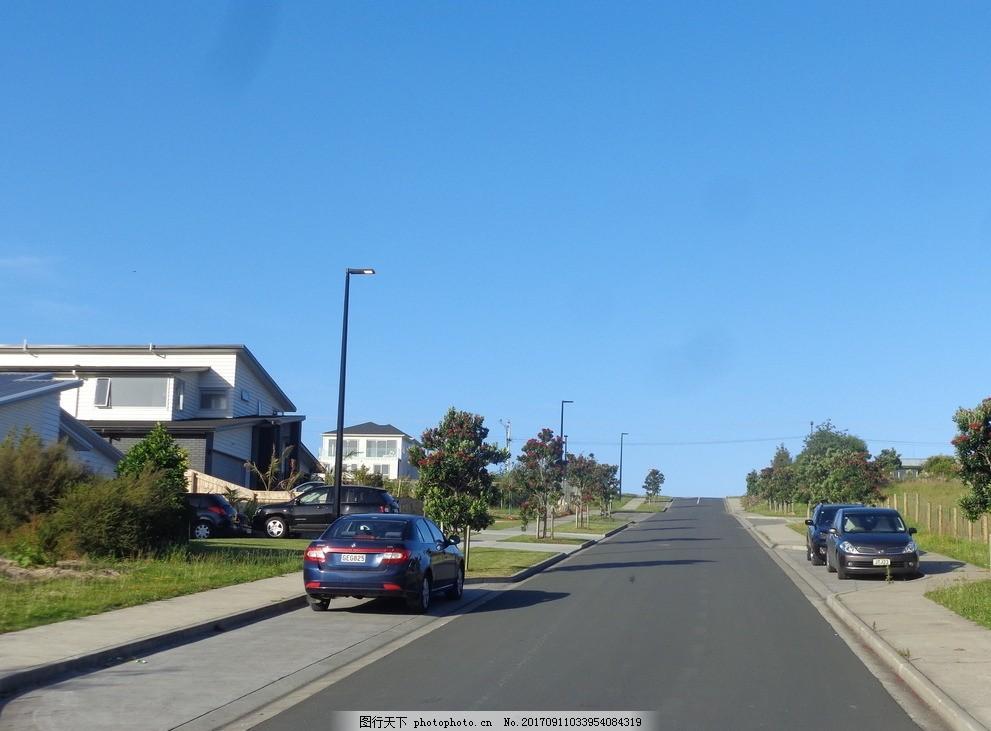 奥克兰小镇风景 天空 蓝天 建筑 住宅 绿树 绿地 草地 道路